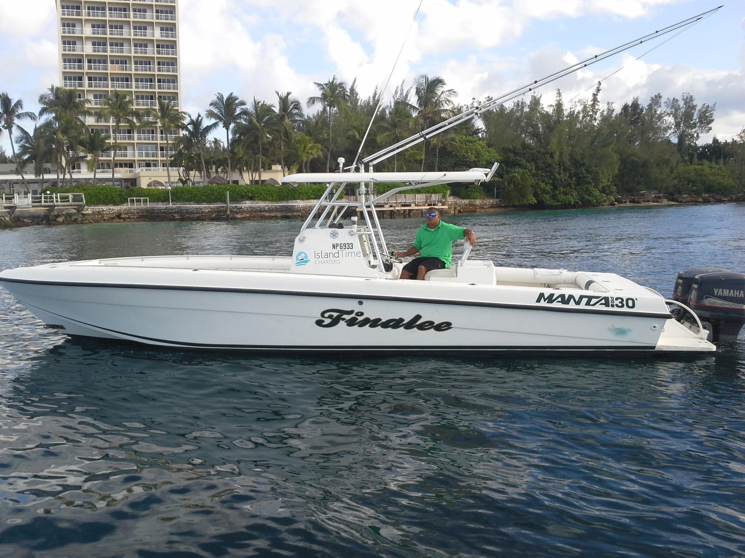 Island time charters nassau bahamas boat charters for Nassau fishing charters